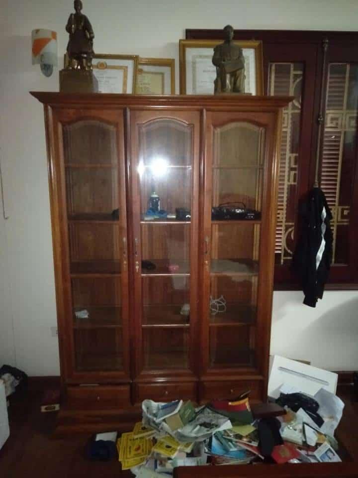tủ bày đồ gỗ hương cũ