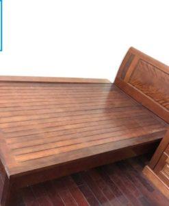 giường gỗ xoan cũ