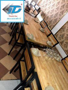 bàn ghế nhà hàng mặt gỗ chân sắt